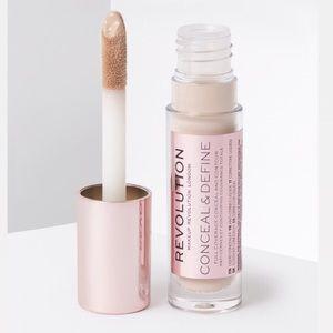 Makeup Revolution Conceal & Define Concealer - C1